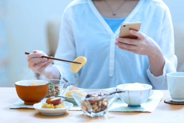一人暮らしの食費、平均額はどれくらい?