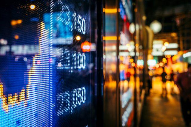 過去、日経平均株価指数で「三尊」が現れた後、相場はどうなったか?