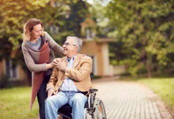 65歳以降も働く場合の年金って? 満額受け取りたいならどのぐらいまで働ける?