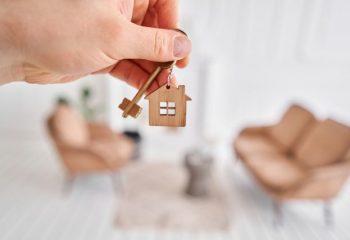 年金暮らしで知っておきたいこと。家を住み替えたい場合、どうする?
