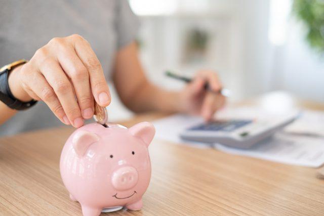 積立貯金、手取給与の何割を回すべき?
