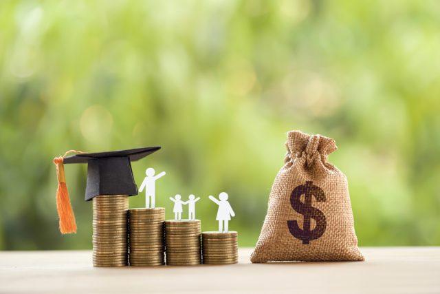 子どもの学費が支払えるか不安……。学費関連の公的支援策を紹介!