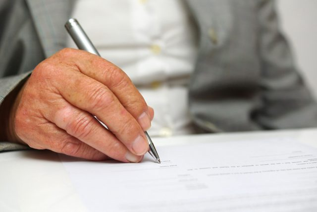 自筆証書遺言を書いて、かえって争族になった?