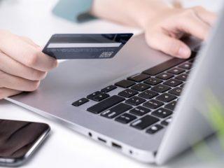 クレジットカードの名義人って何? 名義人の決め方と意味、注意点を丸ごと解説