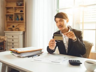 クレジットカードの使い分け方法を伝授! 2枚・3枚持ちが最強!