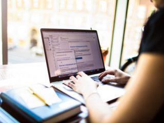 帳簿や書類を電子保存する方法とは?