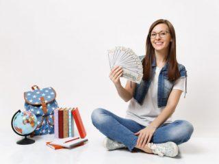 大学生の子どもの仕送りや交通費。みんなどれくらいかかっている?