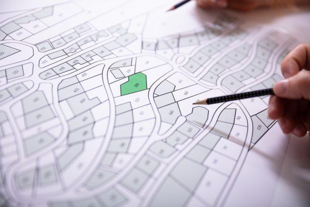 土地登記の「義務化」で、土地の有効活用が促進される?