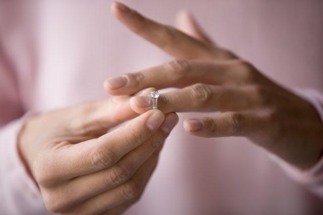 定年退職をきっかけに「熟年離婚」。離婚後の年金はどうなる?