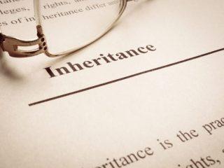 遺言書で相続する場合と遺産分割協議書で相続する場合は、何が違う?