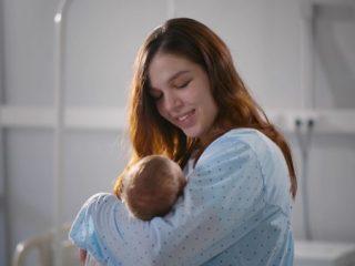 出産時、年金保険料はいつからいつまで免除される? 必要な手続きは?