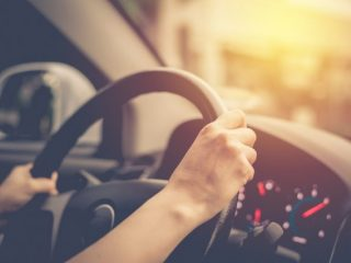 「あおり運転」が厳罰化。罰則はどのように変わった?