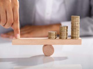 年収400万円と年収800万円、年金にどのような差がある?
