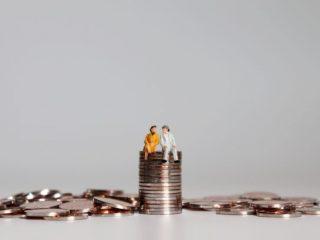 会社員の年金平均受給額はいくら? 「ゆとりの老後」にはいくら足りない?