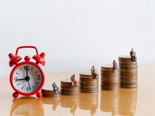 退職後の年金手続き。転職までに期間があく場合、どんな手続きが必要?