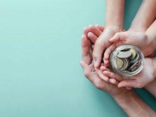 贈与額が大きいなら効果あり!「暦年贈与」で効果的な節税をする方法って?