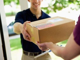 特定商取引法改正で何が変わる? 注文した覚えがない商品が届いたらどうすればいい?