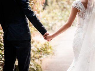 この数年で結婚意識が高まった人がおよそ半数!結婚式の予算はいくら?
