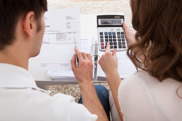 新型コロナの影響で増えた費用・減った費用。家計の見直しポイントは?