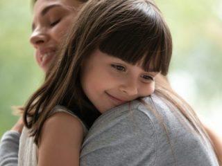 「普通養子縁組」と「特別養子縁組」の違いとは? 実親の相続ができるのは?