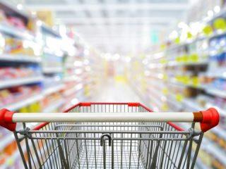 これは、やり過ぎかも。スーパー店頭で見た「OEM」の複雑な側面とは?