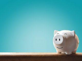 現金派よりキャッシュレス派の方が預貯金額が多いって本当? 預貯金の目的は?