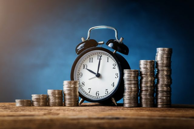 給与額に変動があった場合、厚生年金保険料はいつ変動する?