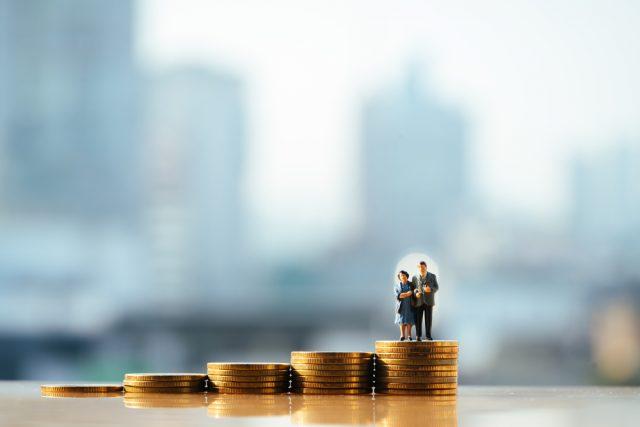 定年延長の影響。老齢厚生年金が支給停止になる収入はいくら?