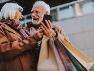 60代女性の約4割は死ぬまでに貯金を使い切りたい? 60代女性のお小遣い・習い事事情