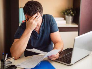 親の借金まで全額相続……相続の手続きをしなかったらどうなる?