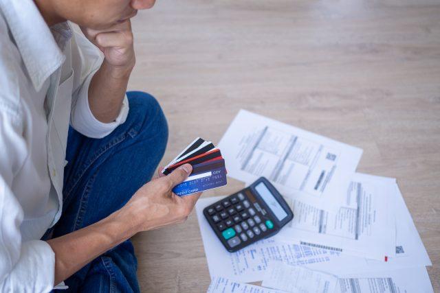 40代の平均負債額を調査! みんなどれくらい負債を抱えている?