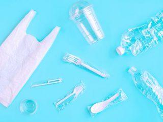 脱プラスチック。プラごみの現状と家計の支出との関係